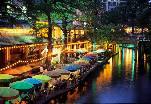 Riverwalk-Umbrellas-Texas (1)