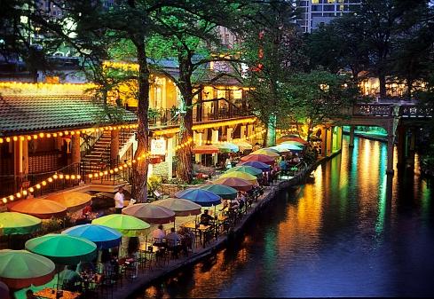 Riverwalk-Umbrellas-Texas (1)